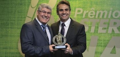 HOMENAGEM - CEISE Br recebe prêmio Os Mais Influentes do Setor no MasterCana Brasil