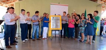 REALIZAÇÃO - Prefeito Zezinho Gimenez entrega obra do Centro de Recursos e Apoio Pedagógico