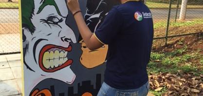 EDUCAÇÃO - Alunos do 9º ano do CAIC desenvolvem trabalho de pintura  nos murais da escola