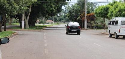 PERIGO - Via de Acesso José Siena vira avenida; pedestres correm risco de morte