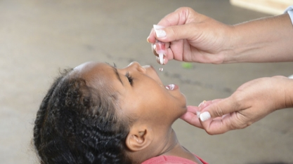 """""""Dia D"""" de vacinação contra a poliomielite acontece neste sábado"""