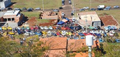 RELÍQUIAS - Exposição de Veículos Antigos acontece neste domingo, na Praça 21 de Abril