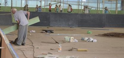 """OBRAS - Complexo Poliesportivo """"Edgard Dega Gonçalves"""" passa por reforma"""