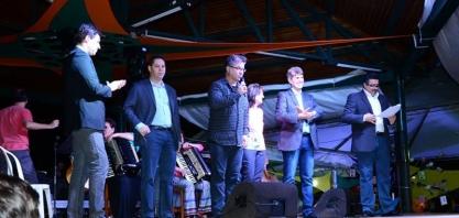 Vereador Niltinho participa de abertura da 13ª Feira do Livro
