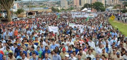 Movimento pela Retomada do Setor Sucroenergético reúne 15 mil pessoas em Sertãozinho