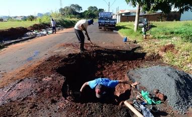 CIDADANIA - Você sabe o que fazer quando encontrar um vazamento de água potável em vias públicas?