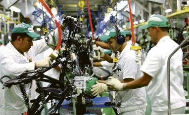 PESQUISA - Produção industrial sobe em 10 dos 14 locais pesquisados