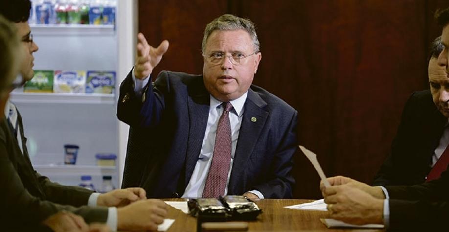 Ministro diz que há espaço para aumentar embarques brasileiros, mas russos também querem vender mais