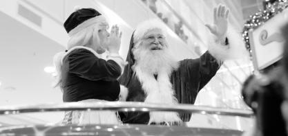 Magia e emoção marcam a chegada do Papai Noel no RibeirãoShopping