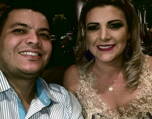 COMOÇÃO - Corpo de Fernanda Delarice é sepultado em Sertãozinho