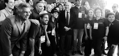 Presidente Michel Temer visita estande do Sicoob na Agrishow