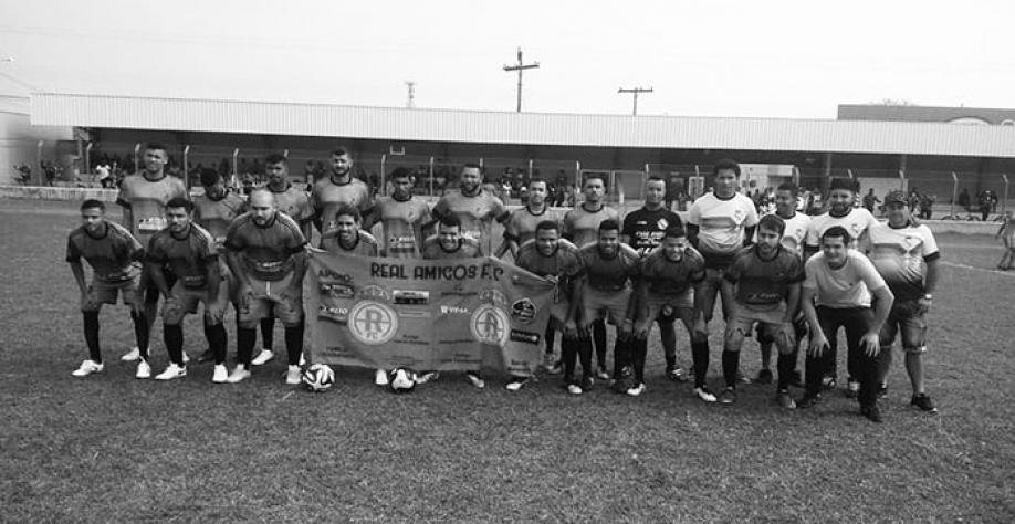A equipe do Real Amigos goleou a equipe do Jamaica no último domingo