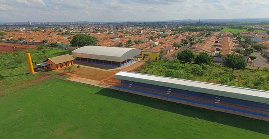 Centro Poliesportivo no bairro José Garcia da Costa será inaugurado no próximo dia 27