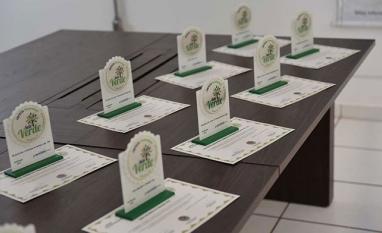 """MEIO AMBIENTE - Dezoito empresas sertanezinas são certificadas com o """"Selo Verde 2018"""""""