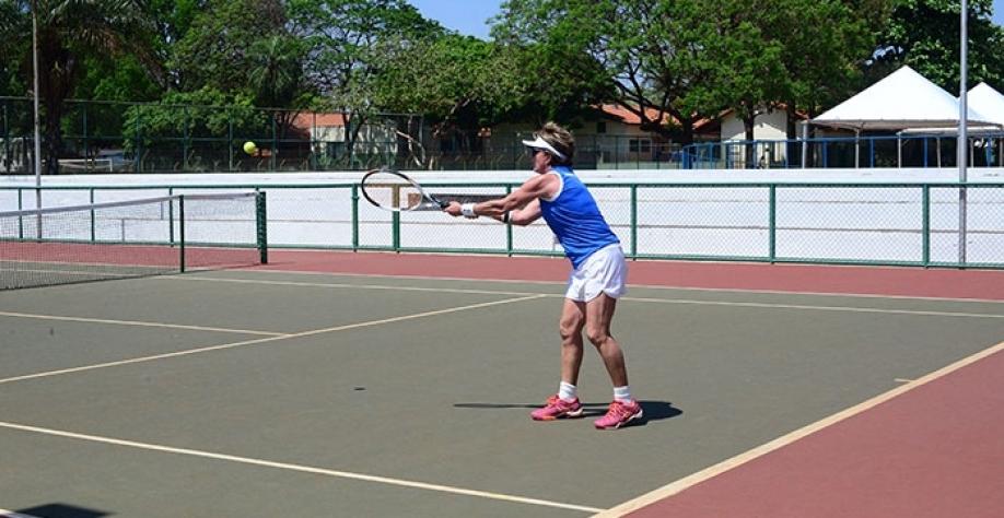 Tênis de Campo é uma das modalidades com inscrições abertas