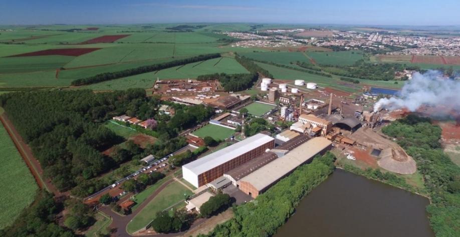 Indústrias cujas atividades produzam impactos ambientais devem manter seus licenciamentos em dia