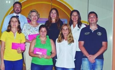SOLIDARIEDADE - Entidades recebem doação do XVIII Encontro da Mulher
