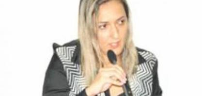 Vereadora cobra respeito durante sessões na Câmara Municipal