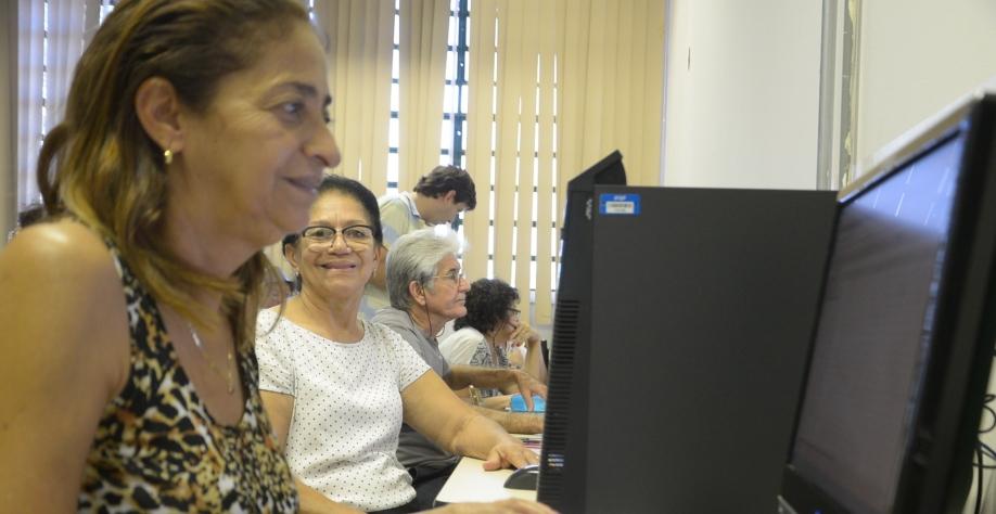 CCI oferece curso de informática básica para terceira idade