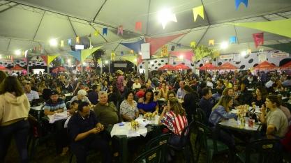 Festança no Parque 2019: conheça detalhes da praça de alimentação comandada pelas entidades participantes