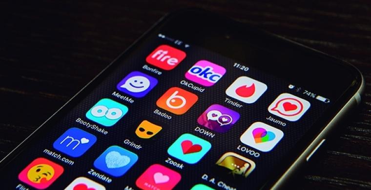 Aplicativos de relacionamento: a paquera digital funciona?