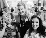 Glaura Benedini com Julia e Monica Calil
