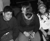 Diego Ricardo Alves com Beatriz e Duda Bonarelli