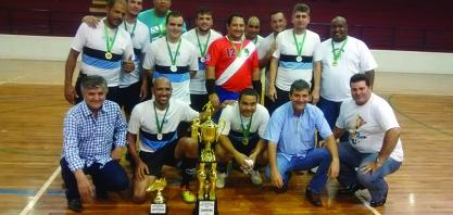 COPA FUTSAL – CATEGORIA FORA DE FORMA Futebol de Quinta é a grande campeã