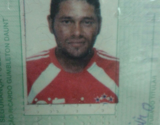 Davi José de Oliveira, 33 anos, foi baleado e esfaqueado no bairro Vila Garcia. Foto: Reprodução