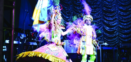 Cerca de 15 mil pessoas participam do Carnaval em Sertãozinho