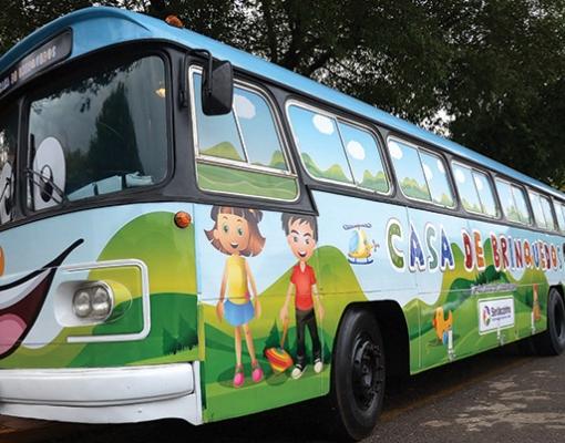 """Projeto """"Casa de Brinquedos"""" visitará todas as escolas municipais de educação infantil durante o primeiro semestre deste ano"""
