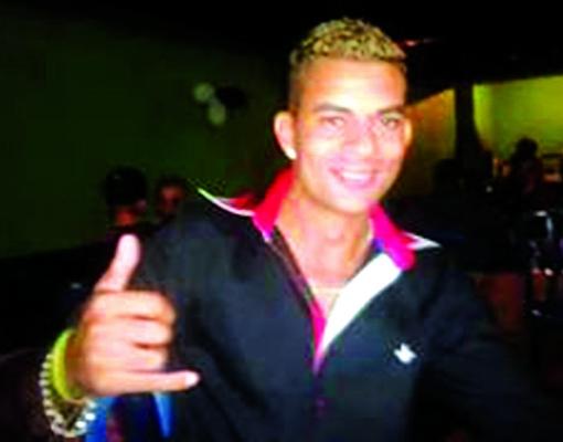 Leandro teria sido morto a tiros sem ao menos ter a chance de se defender. Foto: Reprodução / Whatsapp