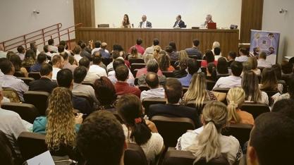 Reforma Trabalhista é discutida em Simpósio em Sertãozinho