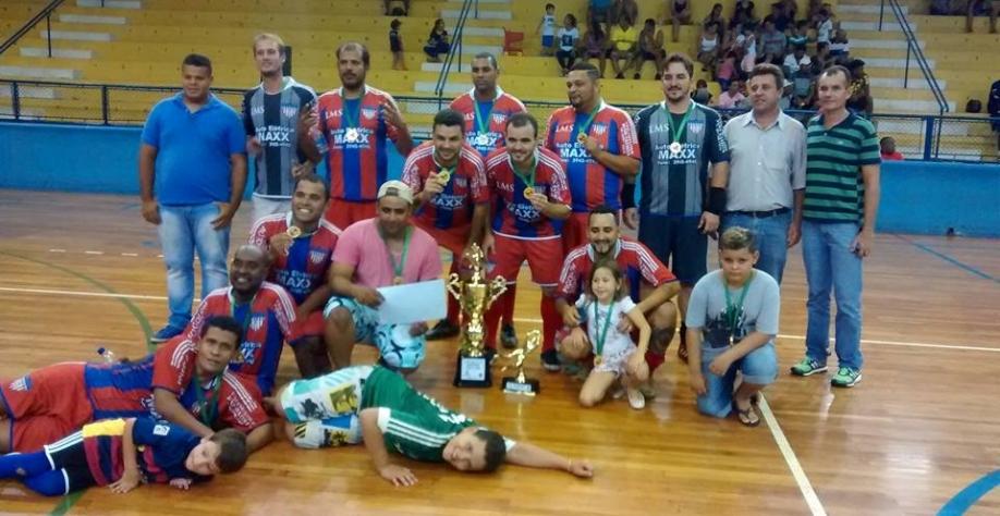 Copa de Futsal Categoria Fora de Forma temporada 2017 Futebol de Quinta foi a grande campeã!