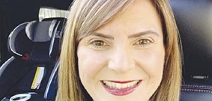 Mais uma sertanezina que reside no exterior é vacinada