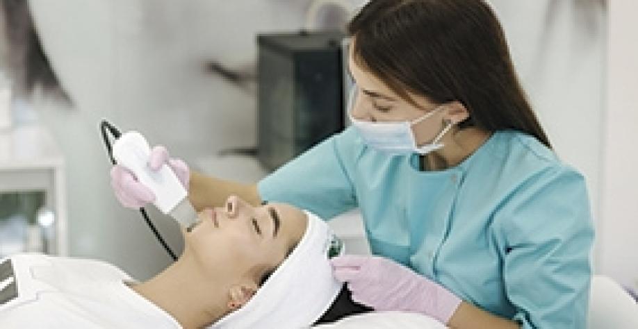 Harmonização facial: cresce a procura por procedimentos estéticos não invasivos no rosto