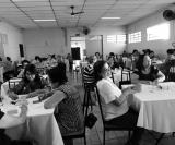 Vista parcial de senhoras colaboradoras que participam do Café Solidário mensal que o Lions realiza e cuja renda é transformada em doação para os necessitados.