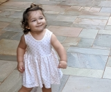 Fofíssima: Barbara Andrade Lima do Nascimento comemorou 2 aninhos no dia 5 de maio. Continue assim, linda e simpática!